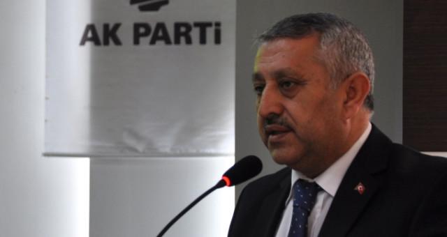AK Parti Afyonkarahisar Belediye Başkan Adayı Mehmet Zeybek Kimdir