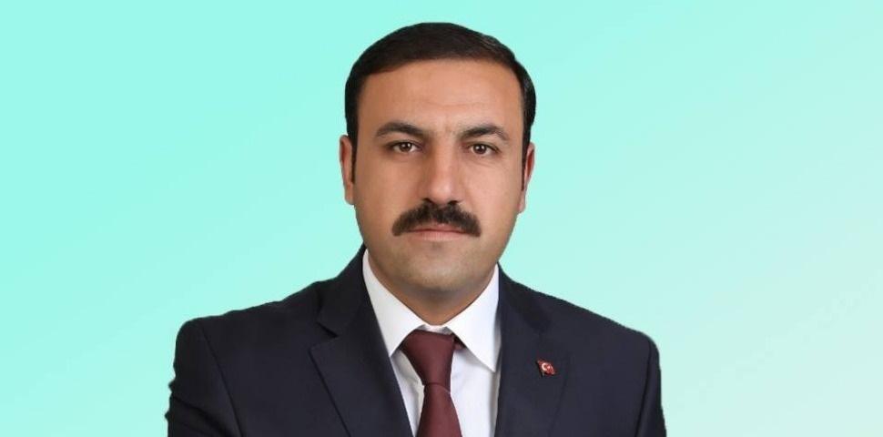 AK Parti Çiçekdağı belediye başkan adayı Hasan Hakanoğlu oldu.