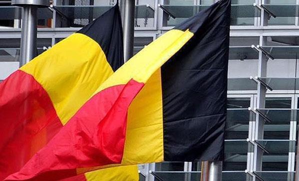 Belçika Parlamentosu, BM Göçmen Paktı'nın imzalanması kabul edildi.