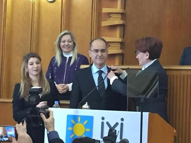 İyi Parti'nin Isparta Belediye Başkan Adayı Gökmen Hakkı Gökmenoğlu oldu Kimdir?