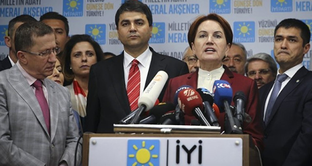 İYİ Parti'nin Trabzon Büyükşehir Belediye Başkan Adayı Atakan Aksoy Oldu