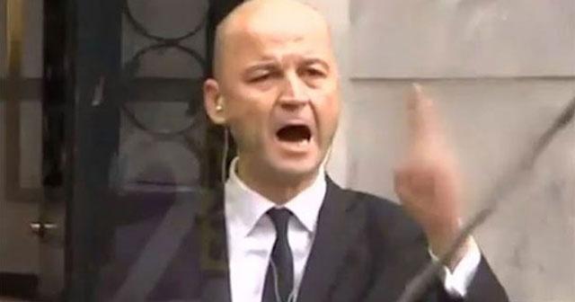 MasterChef Murat Özdemir yine rahat durmadı! Şeyma Subaşı'nın kafesine alınmadı!..