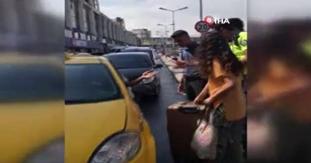 Polise rağmen taksiye bazı yolcuları almadılar!