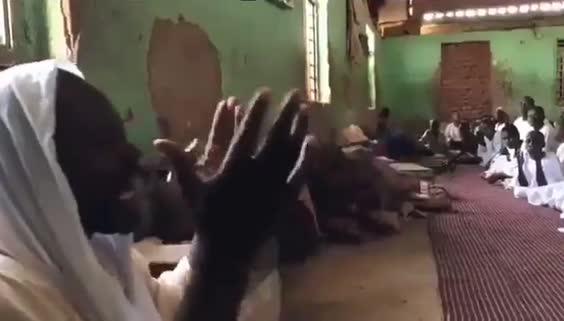 Sudan'da medresede Cumhurbaşkanı Erdogan'a dua