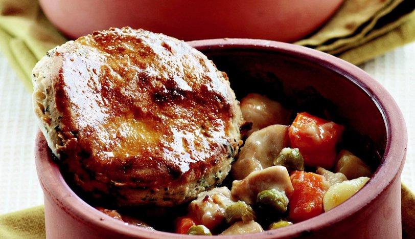 Tavuk Güveci Tarifi Nasıl Yapılır?