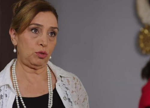 Yemin dizisinde Cavidan Reyhan'a Silkelen ve Kendine Gel Der!
