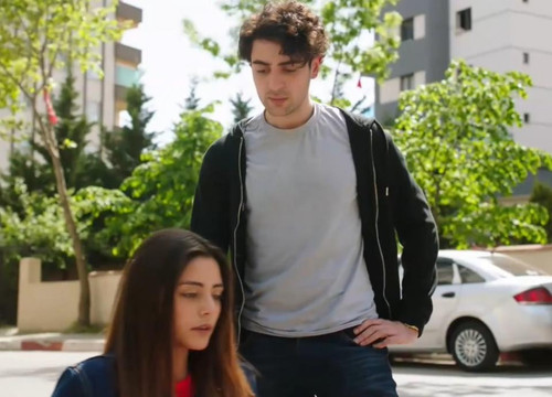 Yemin dizisinde Taci, Suna'yı Kurtarıyor!