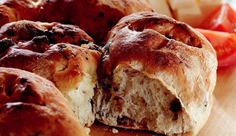 Zeytinli Ekmek Tarifi Nasıl Yapılır?