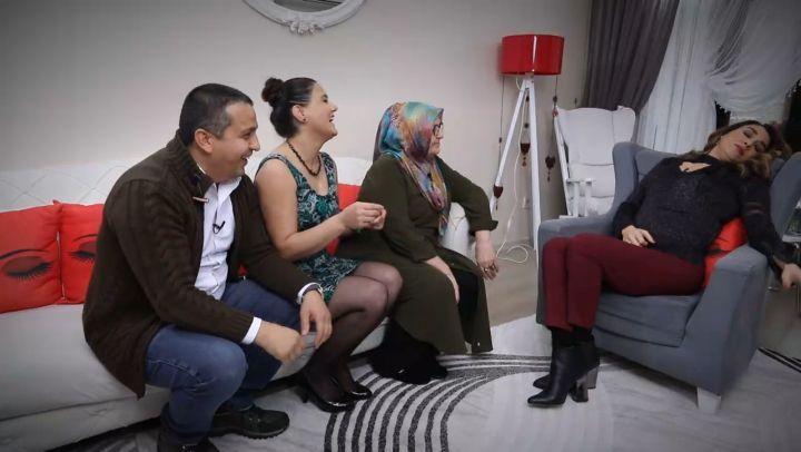 Zuhal Topal'la Sofrada 10 Aralık 1. Gün Yarışması Fatma Hanım ve Gelini Serpil Hanım
