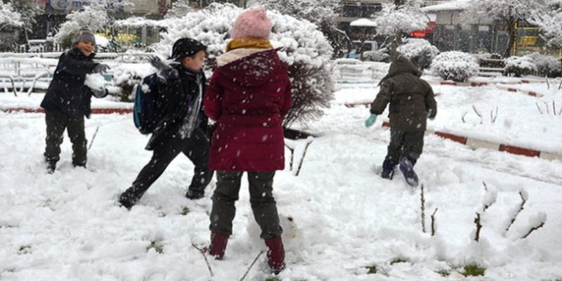 30 Aralık kar tatili var mı? Yarın okullar tatil mi? Vali açıklama geldi mi?