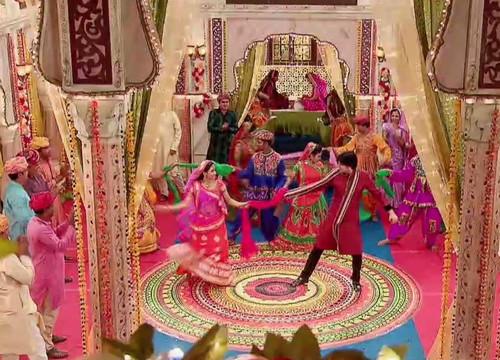 Jagdish ile Ganga'nın Muhteşem Dansı!