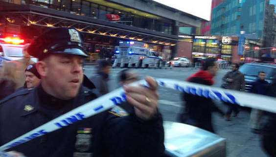 New York'ta otobüs terminalinde patlama!