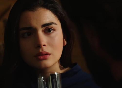 Yemin dizisinde Reyhan kabuslarla uyanır.